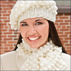 snowball_hat_scarfset_300_medium