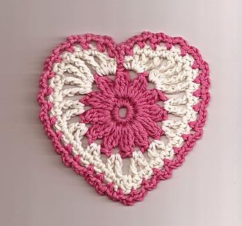 floral_heart_motif_sm