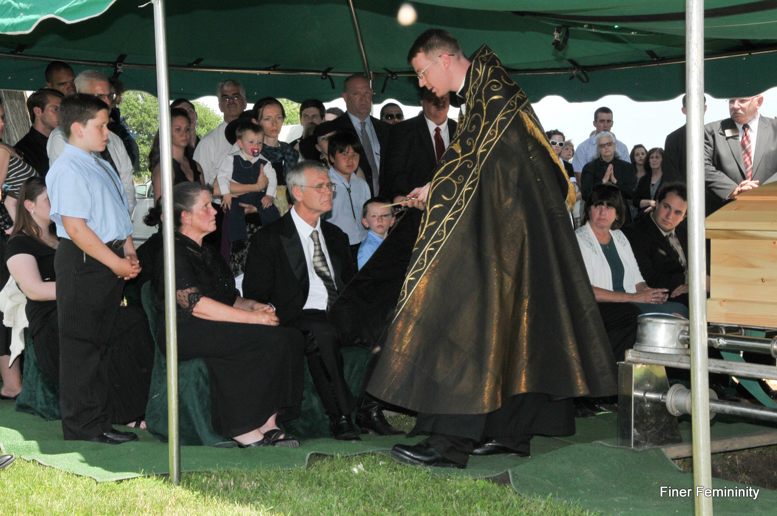 A Beautiful Funeral for a Wonderful Priest….. | Finer ...