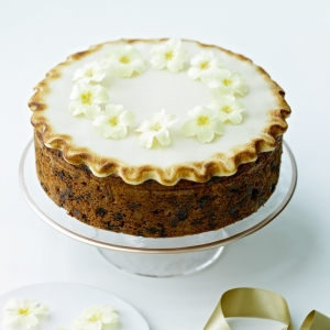How To Bake A Simmel Cake